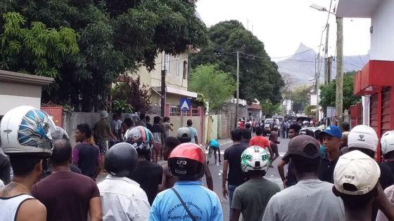 Route Cocoterie, Sainte-Croix : en moins d'une heure, deux arrestations liées à la drogue