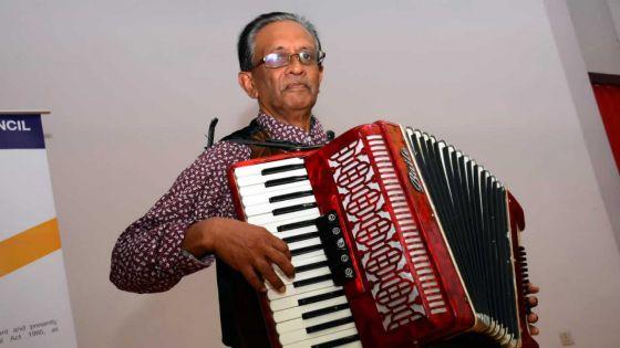 Creshan Goburdhun : le patron de Kamal Band,converti au karaoké
