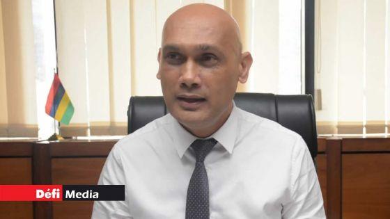 Covid-19 : le premier test effectué sur le ministre de la Santé, Kailesh Jagutpal, négatif