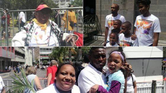Visite du Pape - Place de la cathédrale : premier de contact avec les Mauriciens
