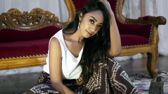 Miss Universe Mauritius 2019 : Thriya Hemraz, l'une des quinze finalistes
