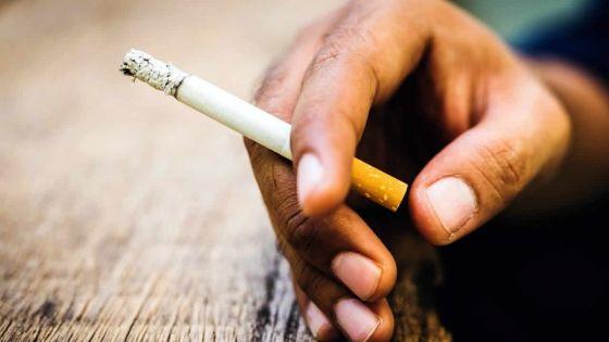 Pour avoir fumé dans des lieux publics : 31 personnes verbalisées par la police depuis janvier