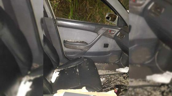 À Ébène : actes de vandalisme perpétrés sur des voitures