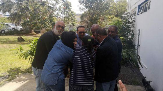 Séminaire résidentiel à Trou-aux-Biches : réunion des militants de Dis-Moi de l'océan Indien