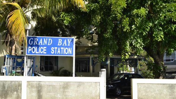 Dans un centre de quarantaine : 2 personnes arrêtées pour possession illégale de psychotropes