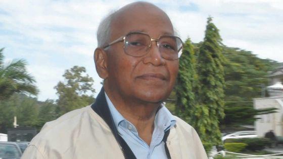Réclamation de Rs 274 millions : Rundheersing Bheenick donne la réplique à l'État