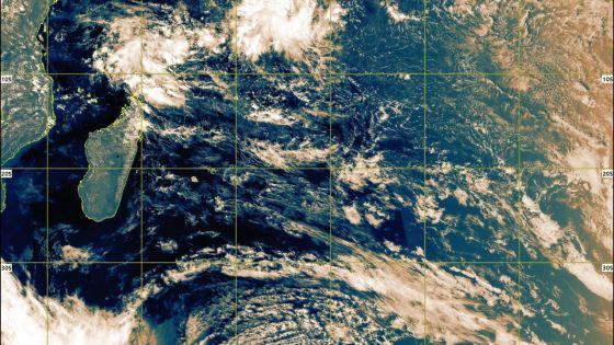 Saison cyclonique 2019-20 : la première tempête tropicale devrait se former ce jeudi au nord de la Réunion