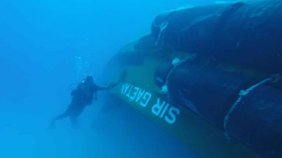 Huit plongeurs ont démarré le pompage sur le Sir Gaëtan