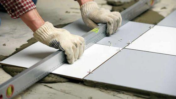 Maçons, soudeurs, électriciens, charpentiers : ces emplois disponibles dans plusieurs entreprises