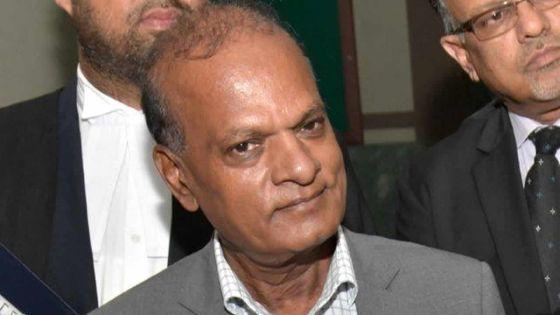 En cour intermédiaire : la police objecte au départ de Prakash Maunthrooa