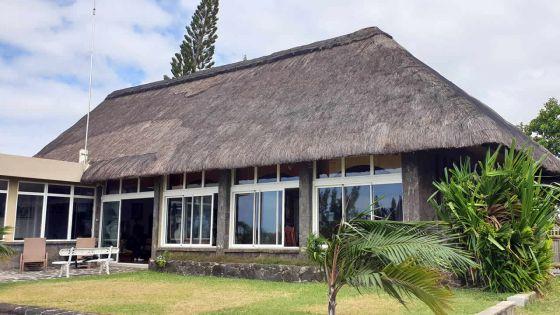 Petit clin d'œil : oortes ouvertes à la demeure de sir Gaëtan Duval à Grand-Gaube