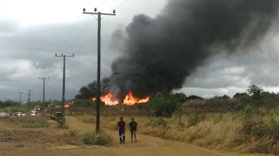 Goodlands : des pylônes électriques se trouvant dans un entrepôt prennent feu