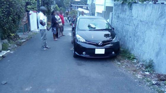 Agression et vandalisme : un homme sème la terreur à Curepipe