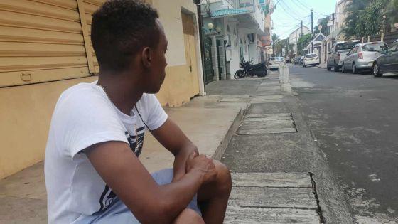 Une vie de SDF :Gerald, 29 ans, et son paripour sortir de la rue