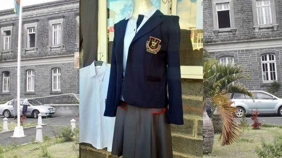 Académie : voici l'uniforme que porteront les filles du RCC