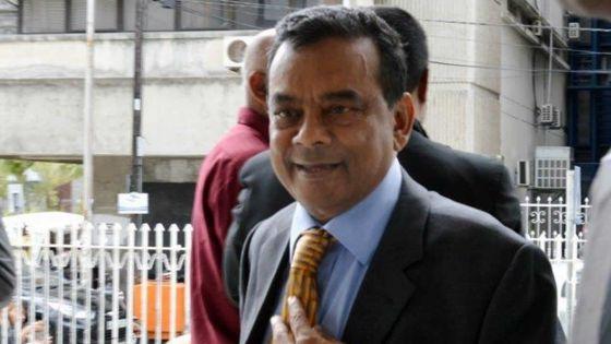 En Cour suprême :Ivan Collendavelloo veut faire rayer des extraits d'une pétition électorale