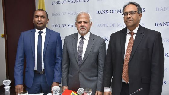 Secteur de la finance Banque de Maurice : Googoolyeet Punchoo poussés vers la sortie