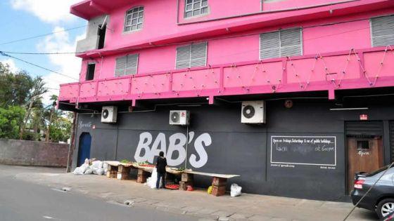Proxénétisme allégué : deux femmes accusent un activiste politique