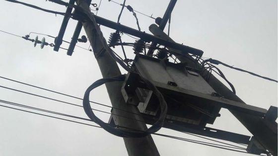 CEB : cinq ans de va-et-vient pour faire déplacer des câbles électriques…