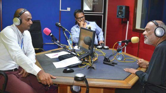 Grand Journal de Radio Plus: Dev Virahsawmy critique le projet des Smart Cities