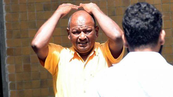 Poursuivi pour complot :Juglaul Gowreeshankurécope de18 mois de prison