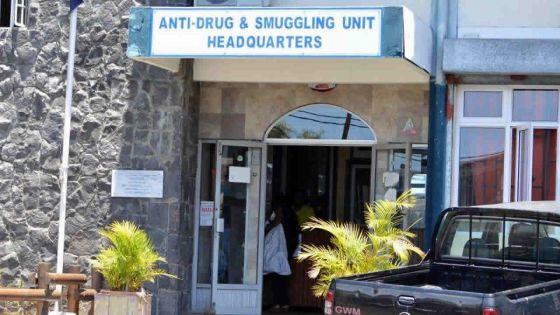 Baie-du-Tombeau : saisie de Rs 30 millions d'héroïne, un jeune fonctionnaire arrêté