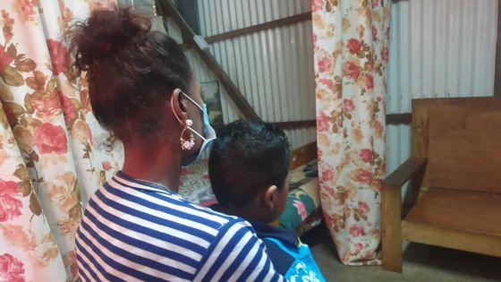 Arrêt de sa pension d'invalidité : le combat de Jessica pour nepas confier son enfant à la CDU