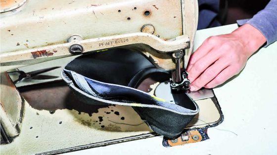 Banker Shoes : l'usine qui fabrique des chaussures en 27 étapes
