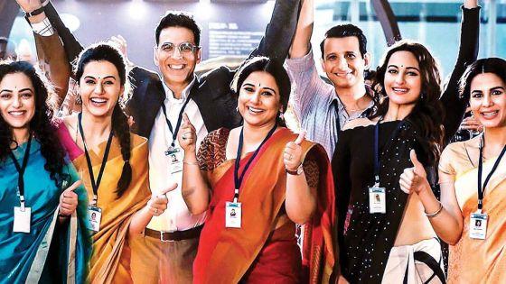Mission Mangal au Club des deux milliards :Akshay Kumar reconnaissant envers ses fans