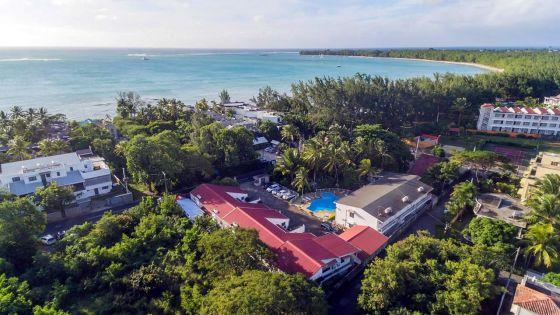 Covid-19 : une trentaine d'hôtels en vente