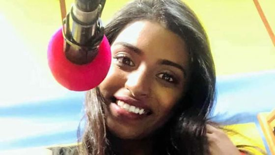 Dishnee Virasami : une nouvelle voix pétillante sur Radio Plus