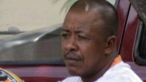 Avant de purger sa peine : Jean Luc Phillippe conteste les règlements de la prison