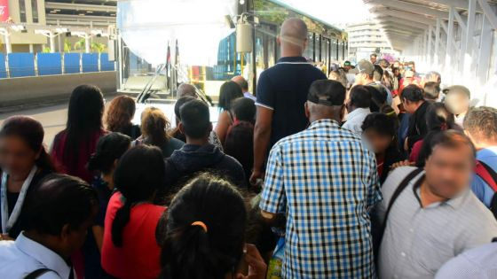 Au Victoria Square à Port-Louis : cacophonie