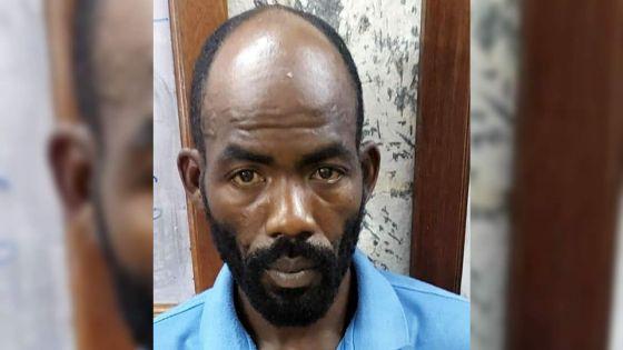 Argent, bijoux et produits alimentaires volés : le voleur et son complice arrêtés le lendemain