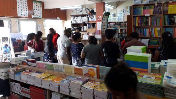 Manuels scolaires gratuits en 2020 : les libraires souhaitentle report de la mesure
