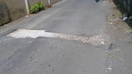 Avenue S.V. Murugan, Quatre-Bornes : un trou béant incommode les habitants