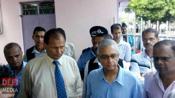 Réunion entre Pravind Jugnauth et Raj Dayal, la possible démission de ce dernier au centre des discussions
