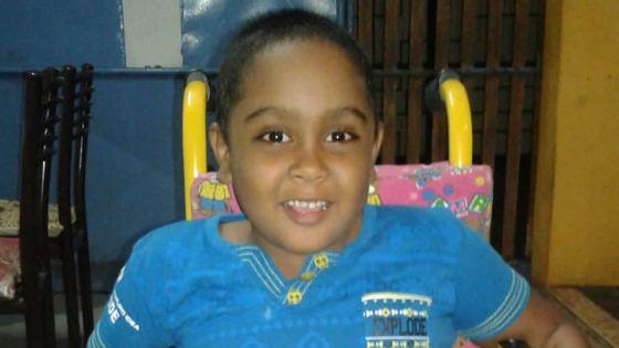 Elle souhaite que son fils soit scolarisé : difficultés pour trouver un transport pour son fils handicapé