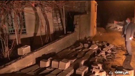 Séisme de magnitude 5,4 dans le sud-ouest de l'Iran: des dizaines de blessés