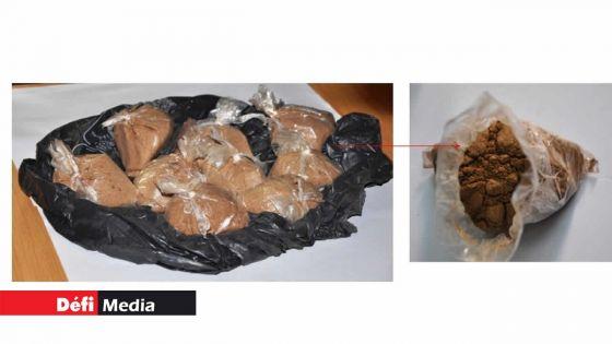 Rs 13 millions d'héroïne déterrées à Goodlands : la pureté de la drogue inquiète les enquêteurs