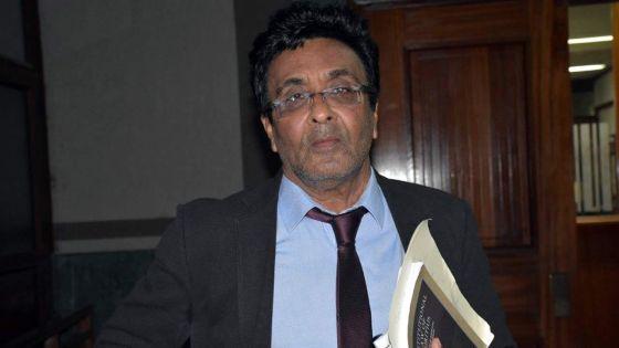 En Cour suprême :Prakash Boolell abandonne sa demande pour suspendre son procès