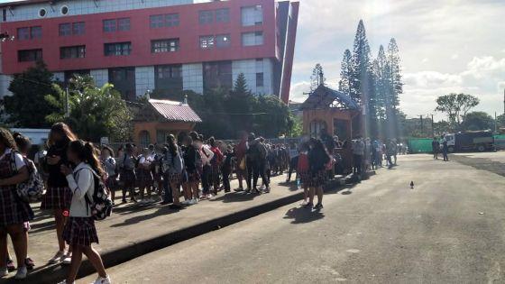 SSS de Quatre-Bornes : un manque d'autobus scolaires