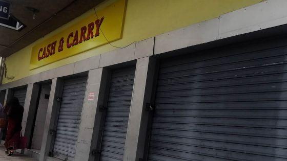 Liquidation de l'enseigne Cash & Carry :certains employés pas éligiblesau 'workfare programme'
