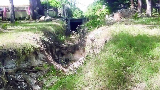 À Pointe-aux-Piments : gare au drain