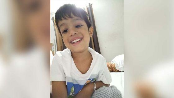 Greffe de la moelle osseuse : Jiyaan, 4 ans, a besoin d'argentpour être opéré en Inde