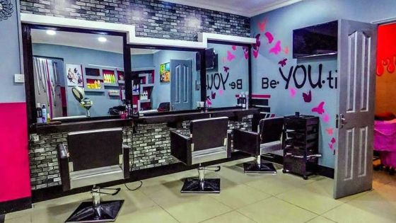 Chic and Posh Beauty Lounge and Academy : au service des femmes