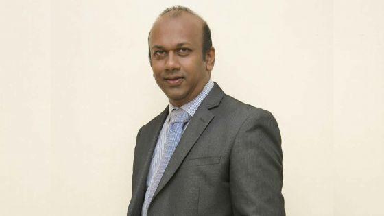 Harris Bheemul : d'escroc à politicien raté