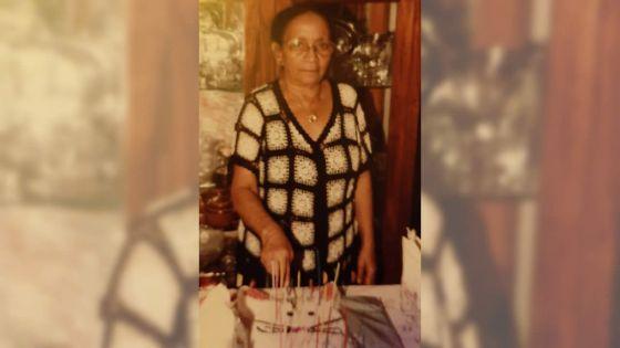 À 90 ans : sacrée Jessy a toujours la pêche !