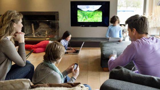 Internet, téléphone et TV : les formules Triple Play de Canal Plus et de Mauritius Telecom