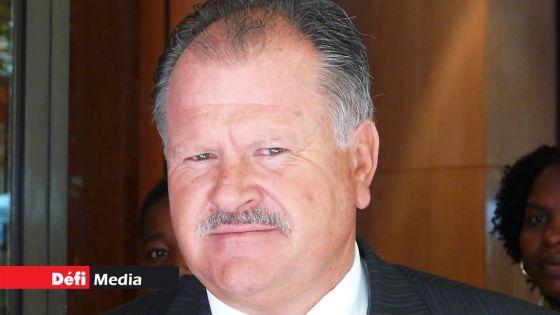 L'homme d'affaires sud-africain, Glen Agliotti, déclaré «Prohibited Resident»